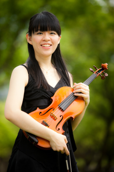 225. Chi-Yin Chen , Violinist  / 2015/06