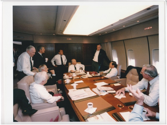 3 President Bush held meetings with business executives on Air Force One to discuss how to expand U.S. export to the Asian markets