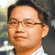 1785. Howard Yuan-Hao Chang 張元豪 / 07/2017