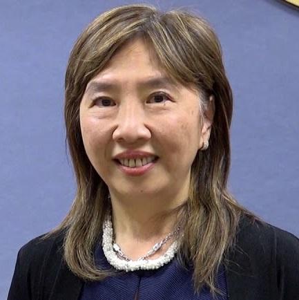 2162. Pauline Huang 黃百齡