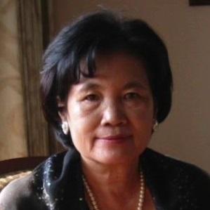 2114.  C. M. (Cecilia) Huang 黃晴美